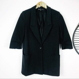 Elizabeth & James Single Button half sleeve blazer